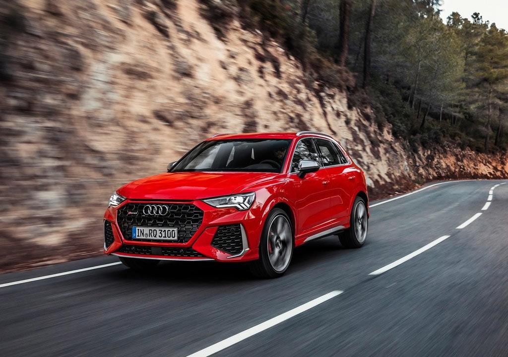 2020 Yeni Audi RS Q3 Özellikleri