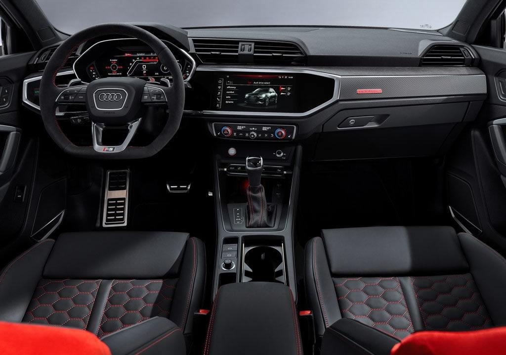 2020 Yeni Audi RS Q3 Kokpiti