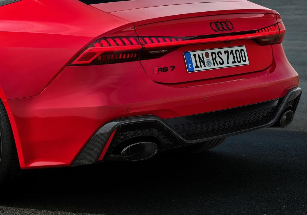 2020 Yeni Kasa Audi RS7 0-100 km/s Hızlanması