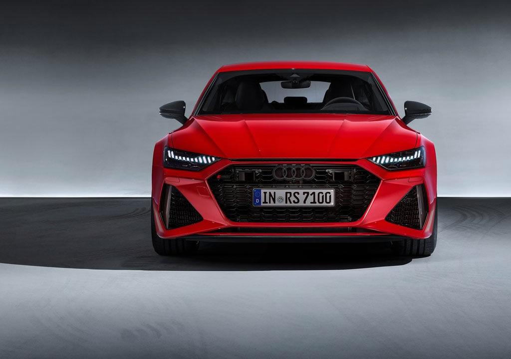 2020 Yeni Kasa Audi RS7 Sportback Fotoğrafları
