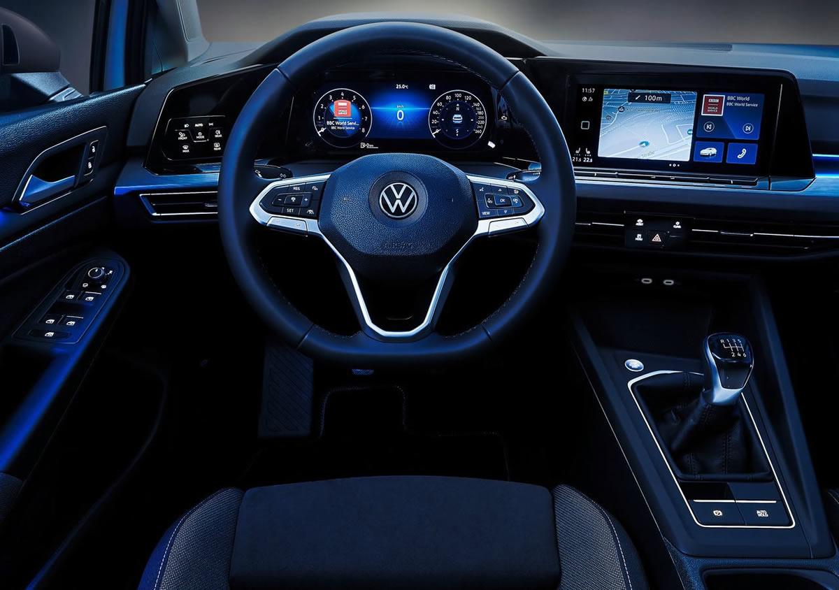 Yeni Volkswagen Golf 8 Kokpiti