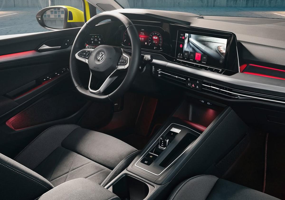 Yeni Volkswagen Golf 8 İçi