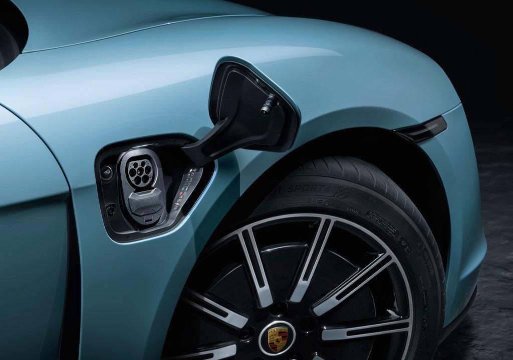 2020 Yeni Porsche Taycan 4S Menzili