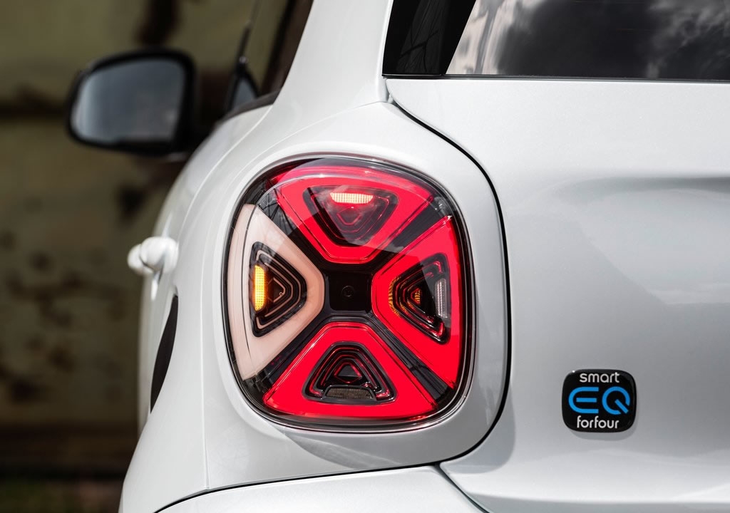 Elektrikli Smart EQ Forfour