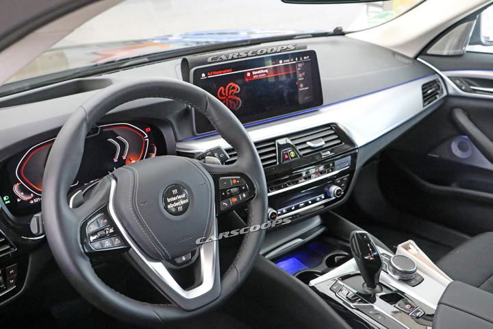 Makyajlı 2020 BMW 5 Serisi Kokpiti