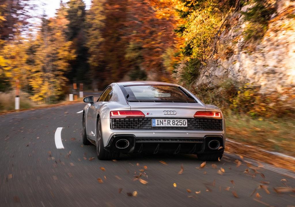 2020 Audi R8 V10 RWD Fotoğrafları