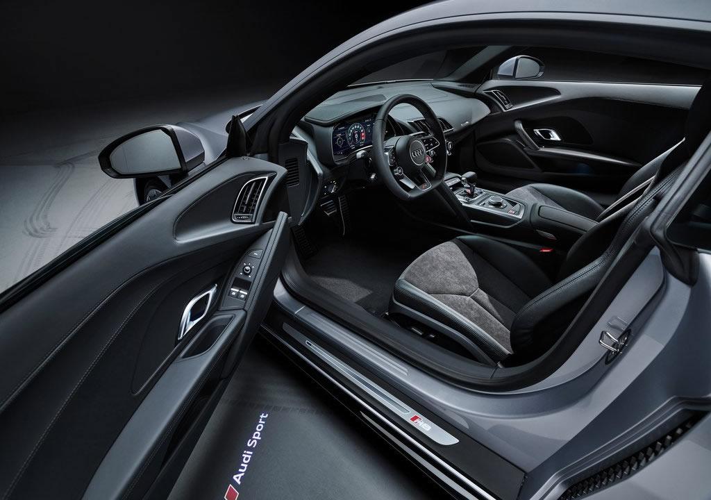 2020 Audi R8 V10 RWD Kokpiti