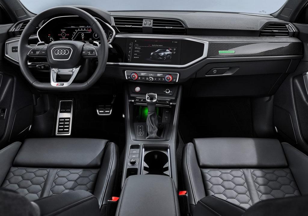 2020 Audi RS Q3 Sportback Kokpiti