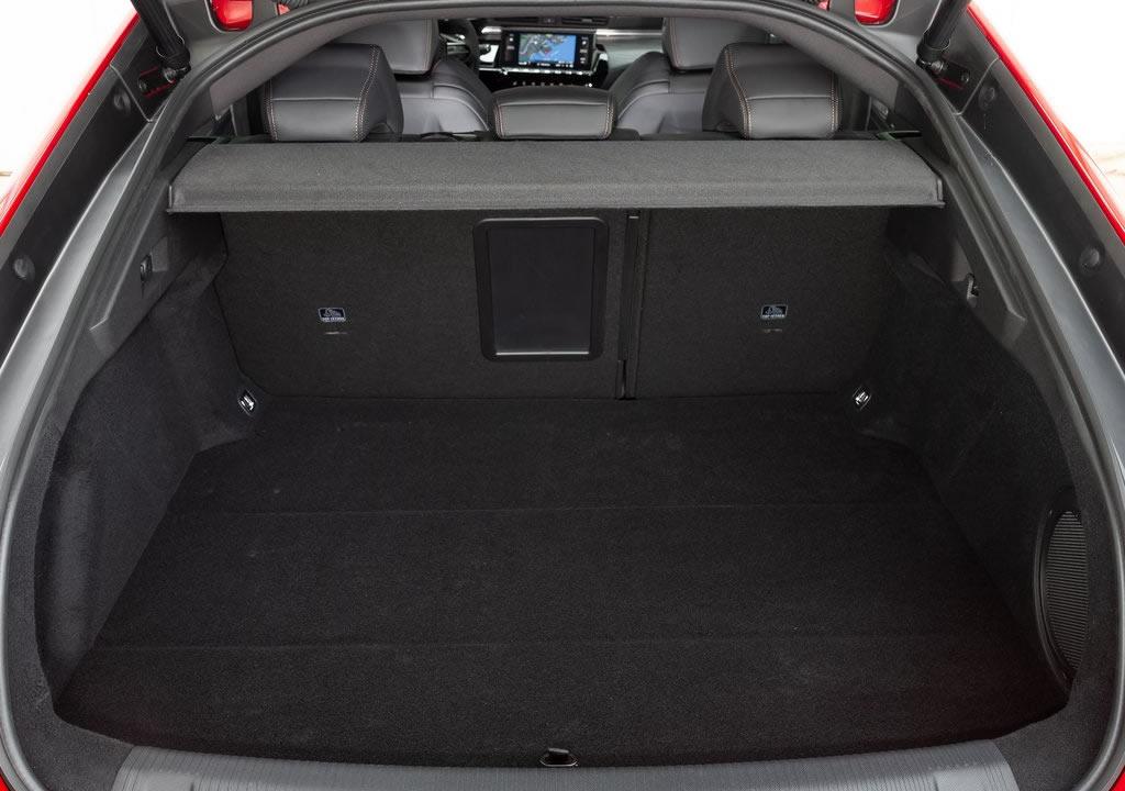 2020 Yeni Peugeot 508 Bagaj Alanı
