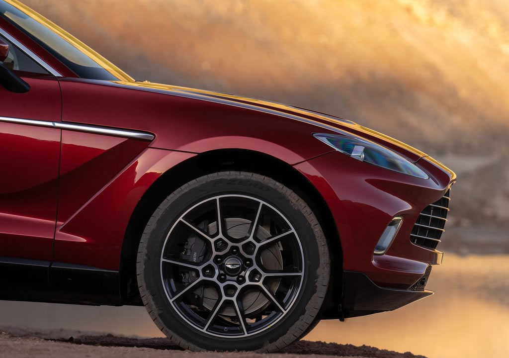 Yeni Aston Martin DBX Ne Zaman?