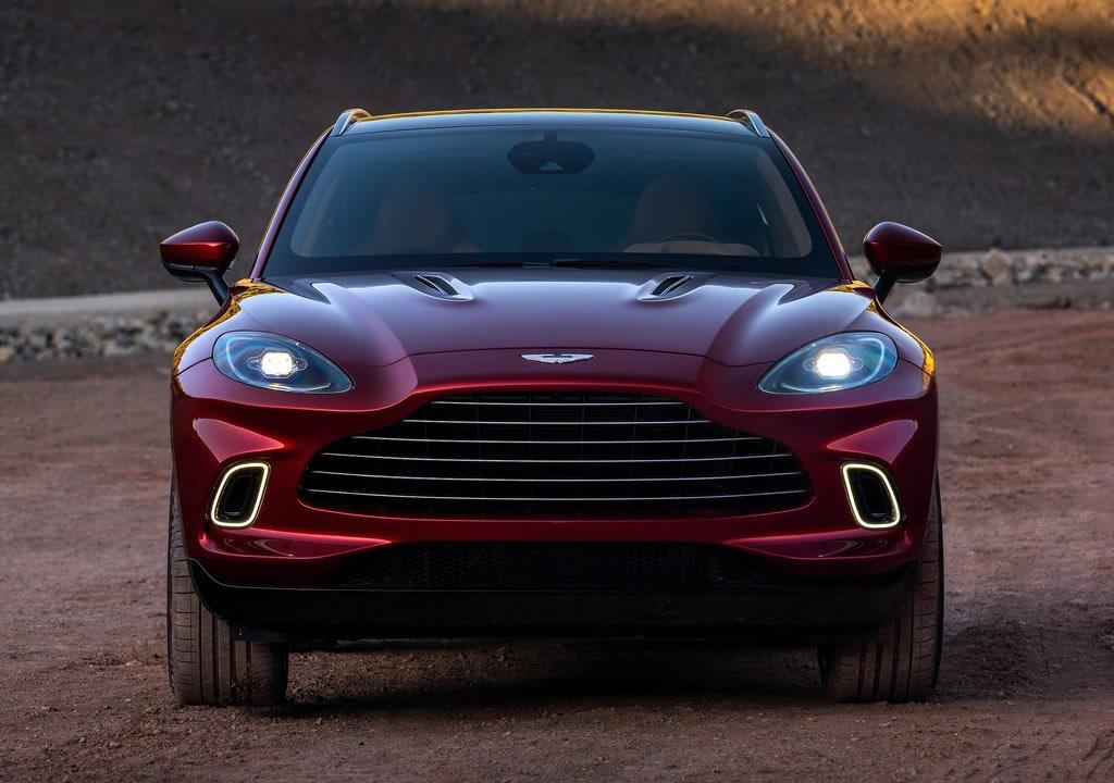 2021 Yeni Aston Martin DBX Rakipleri