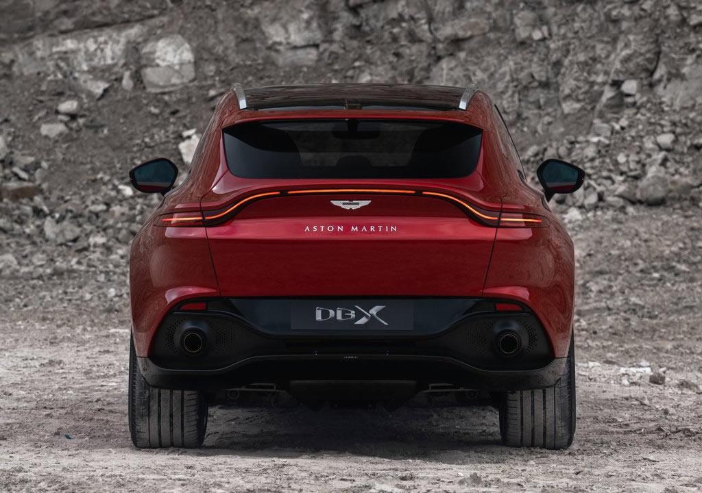 2021 Yeni Aston Martin DBX Türkiye