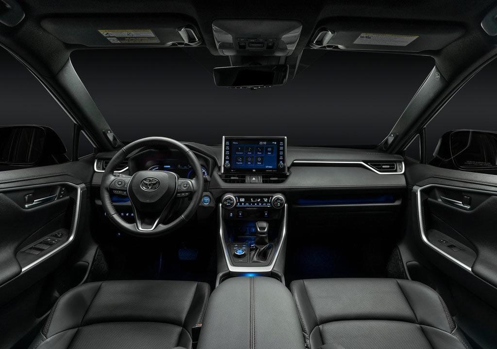 2020 Toyota RAV4 Prime İçi