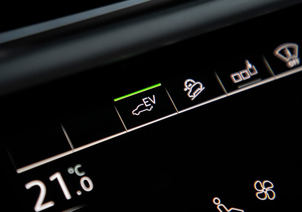2020 Yeni Audi Q7 TFSI e quattro Menzili