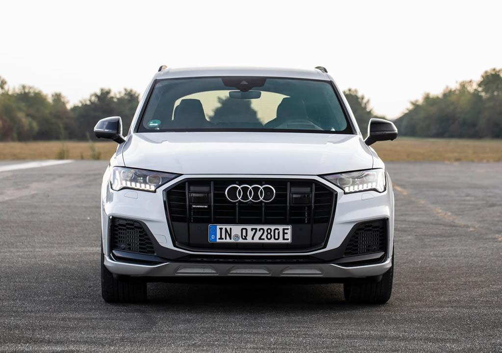 2020 Yeni Audi Q7 TFSI e quattro Fotoğrafları