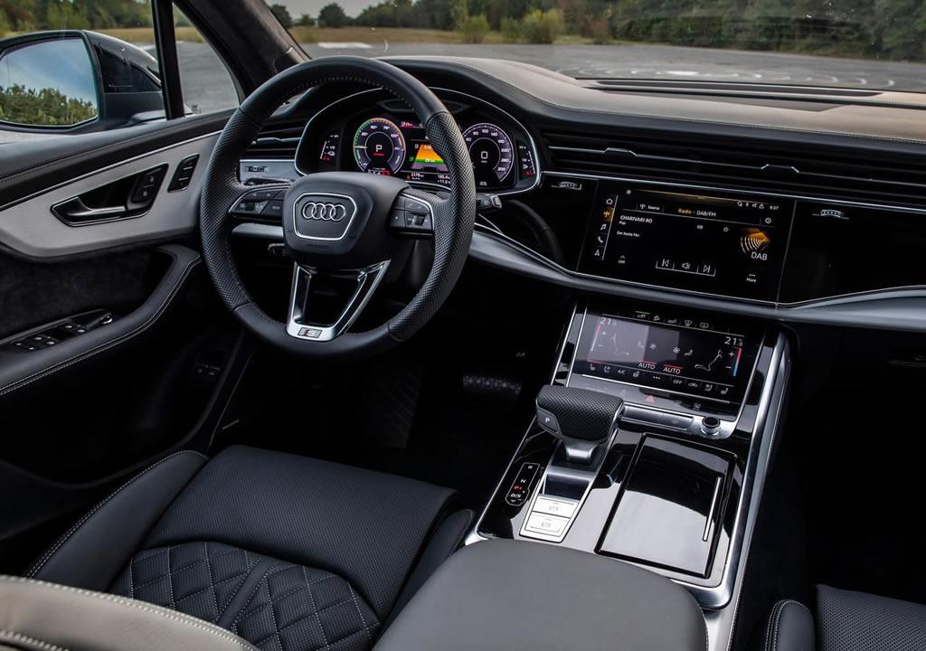 2020 Yeni Audi Q7 TFSI e quattro Kokpiti