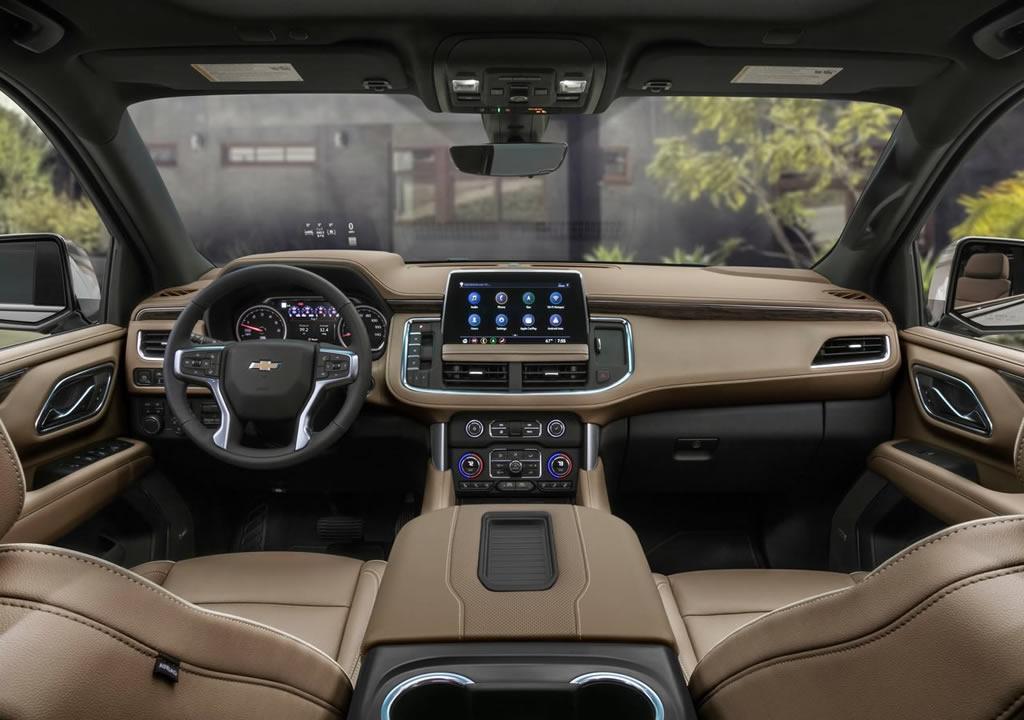 2021 Yeni Chevrolet Suburban Kokpiti