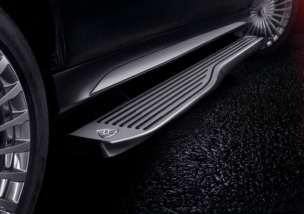 2021 Mercedes-Maybach GLS 600 Basamak