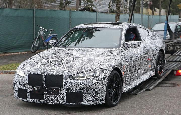2021 Yeni Kasa BMW M4 Coupe Manuel Şanzıman