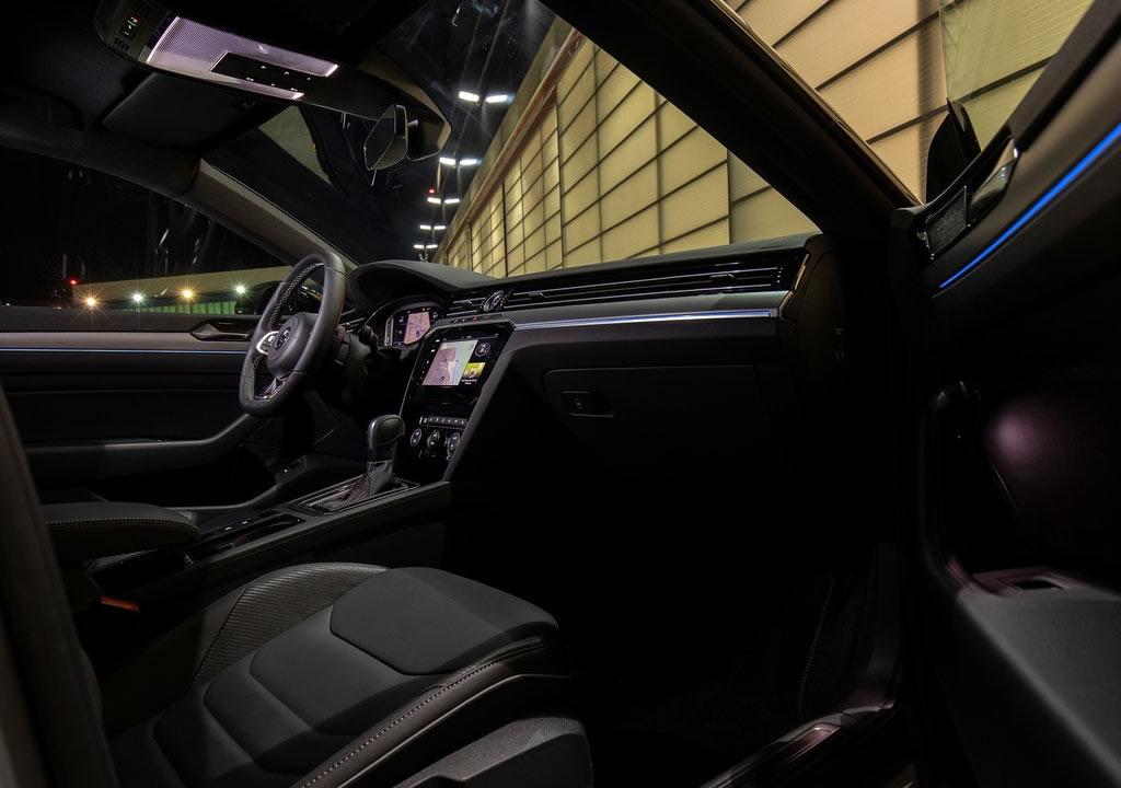 2020 Volkswagen Arteon R-Line Edition Kokpiti