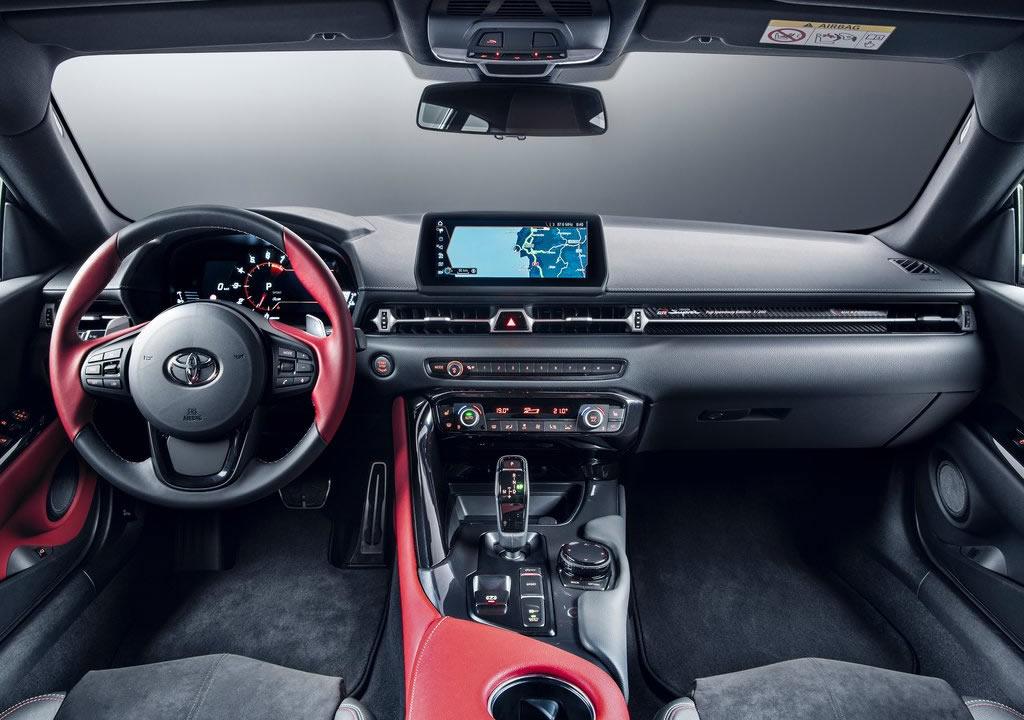2020 Yeni Toyota Supra 2.0 LT Turbo Kokpiti