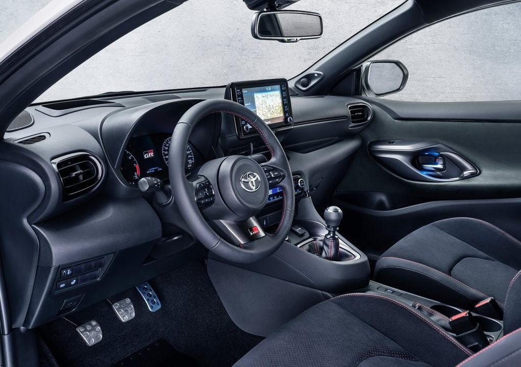2021 Toyota GR Yaris Kokpiti