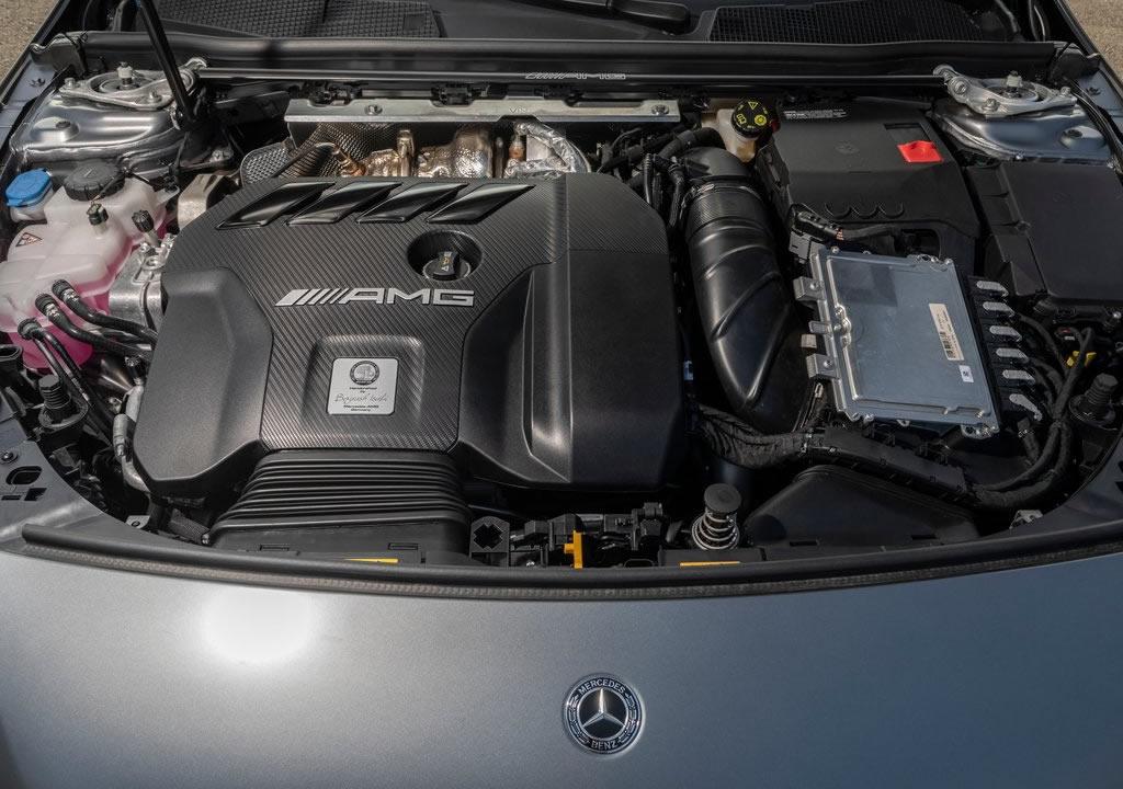 2020 Yeni Kasa Mercedes- AMG CLA45 Motoru