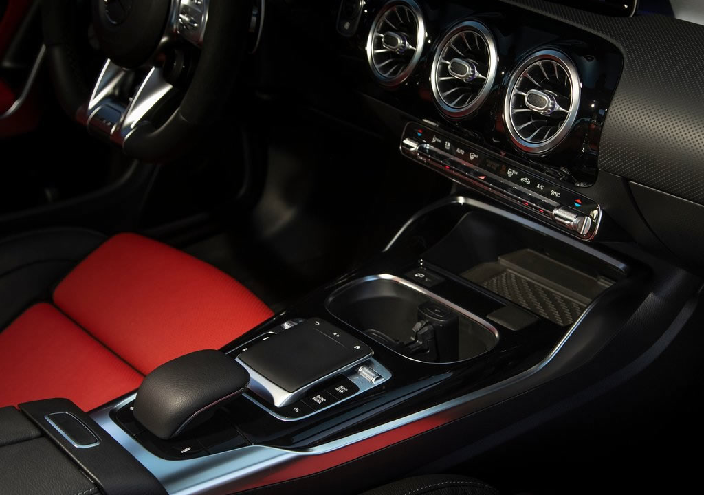 2020 Yeni Mercedes- AMG CLA45 Kaç Beygir?