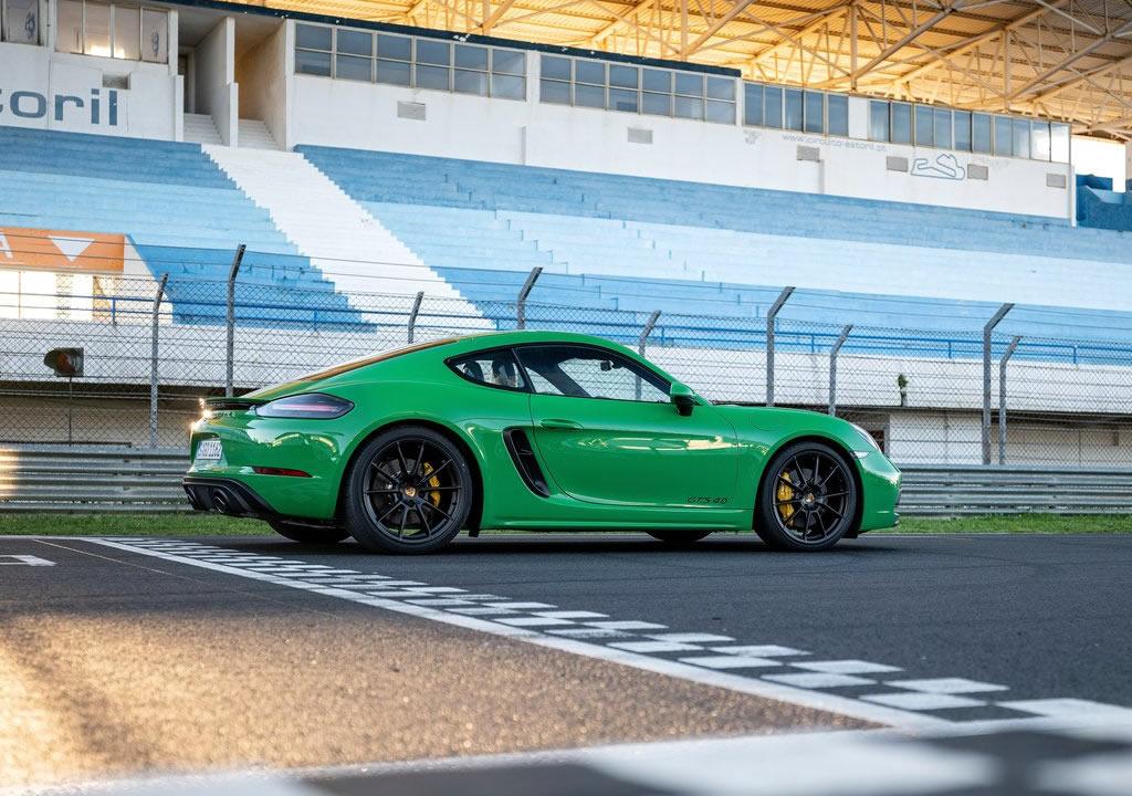 2020 Yeni Porsche 718 Cayman GTS 4.0 Fotoğrafları