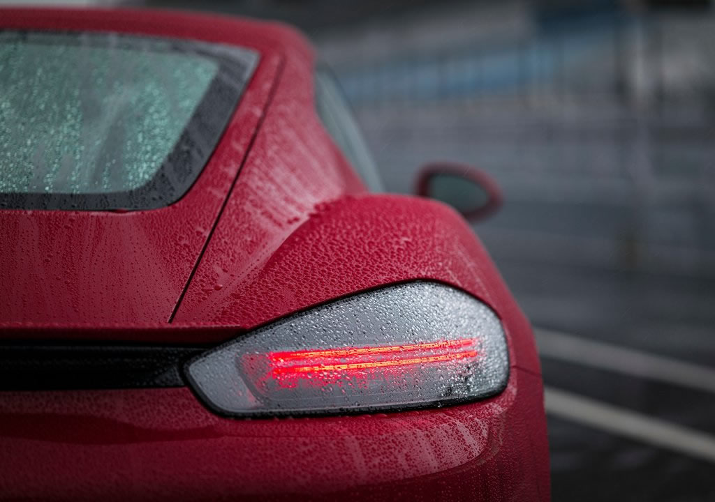 2020 Yeni Porsche 718 Cayman GTS 4.0 0-100 km/s
