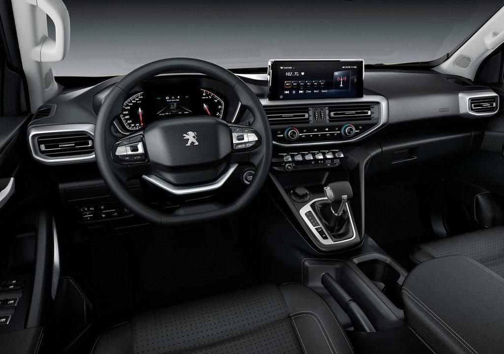 2021 Yeni Peugeot Landtrek Kokpiti