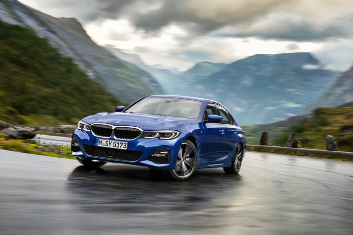 Yeni BMW 3 Serisi ve BMW 5 Serisi Yılın Otomobilleri