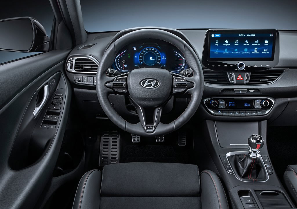 2020 Yeni Hyundai i30 Fastback Kokpiti