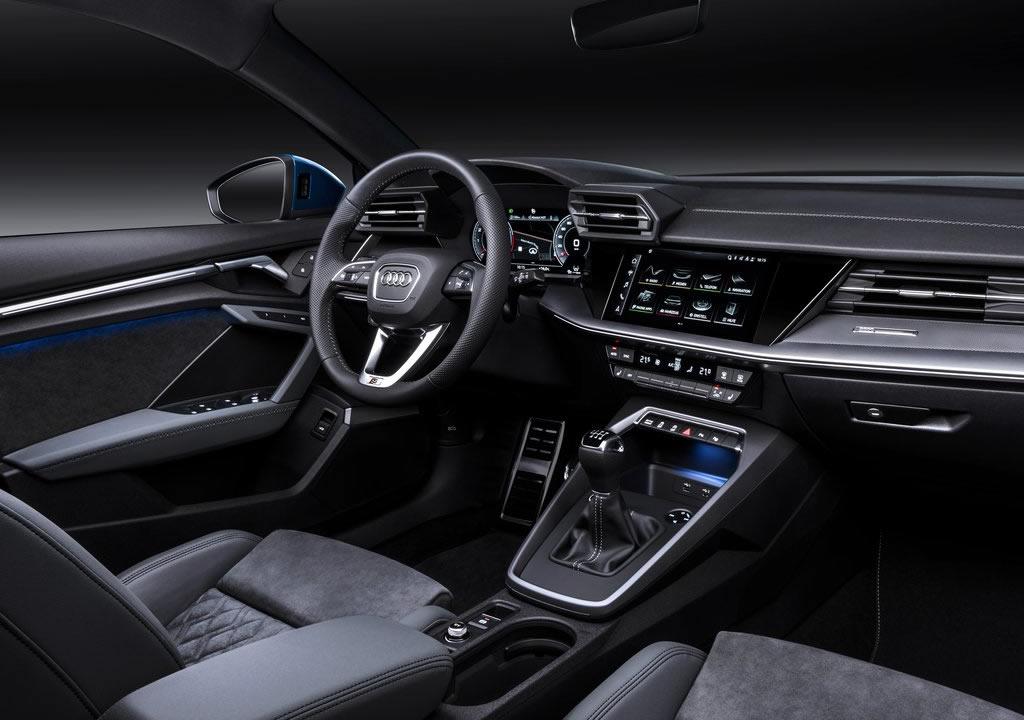 2021 Yeni Kasa Audi A3 Sportback Kokpiti