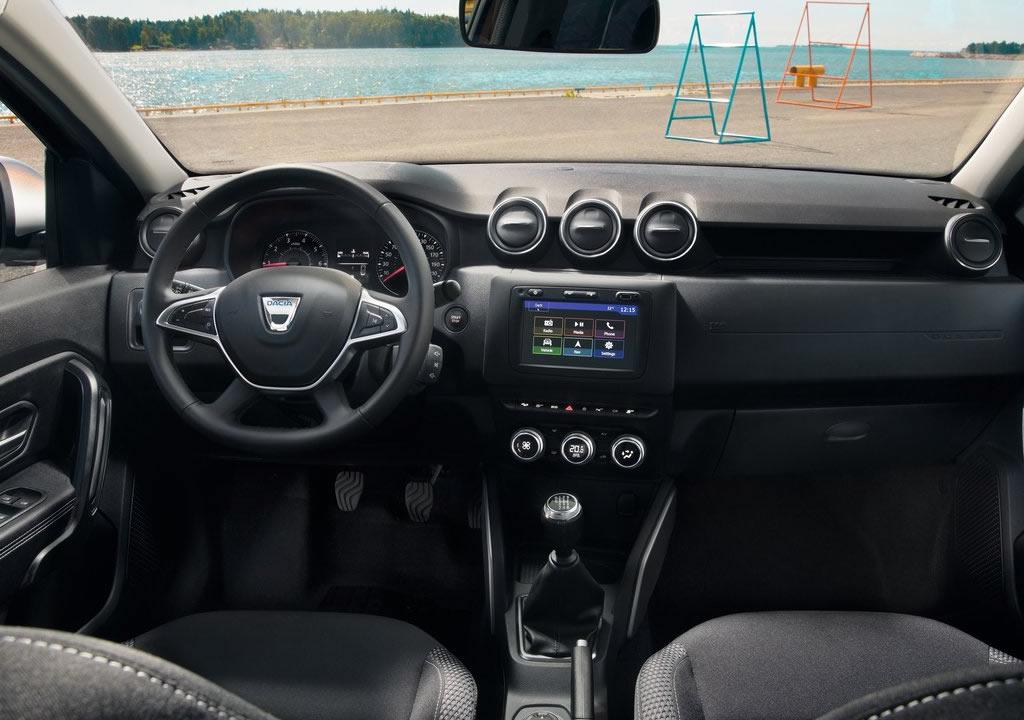 2020 Model Dacia Duster Kokpiti