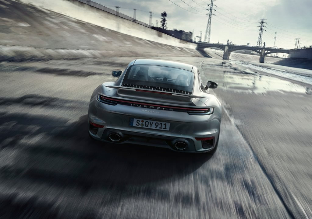 2021 Porsche 911 Turbo S Photos