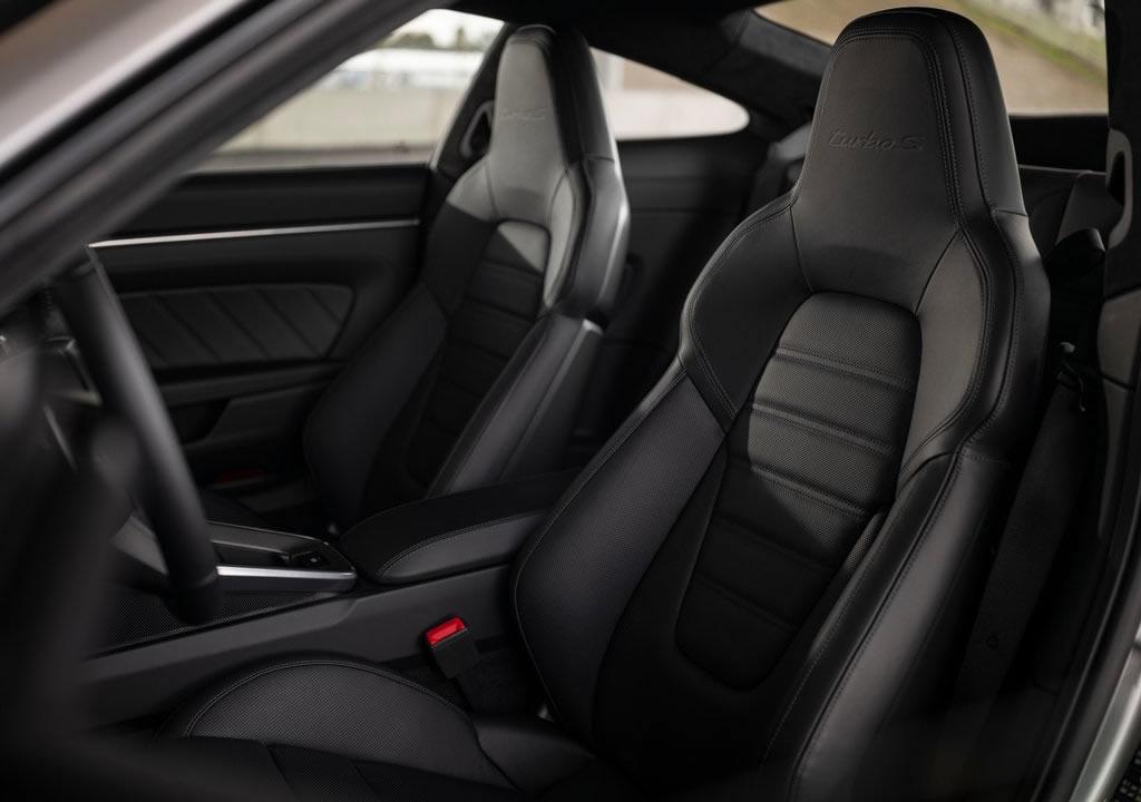 2021 Yeni Kasa Porsche 911 Turbo S İçi