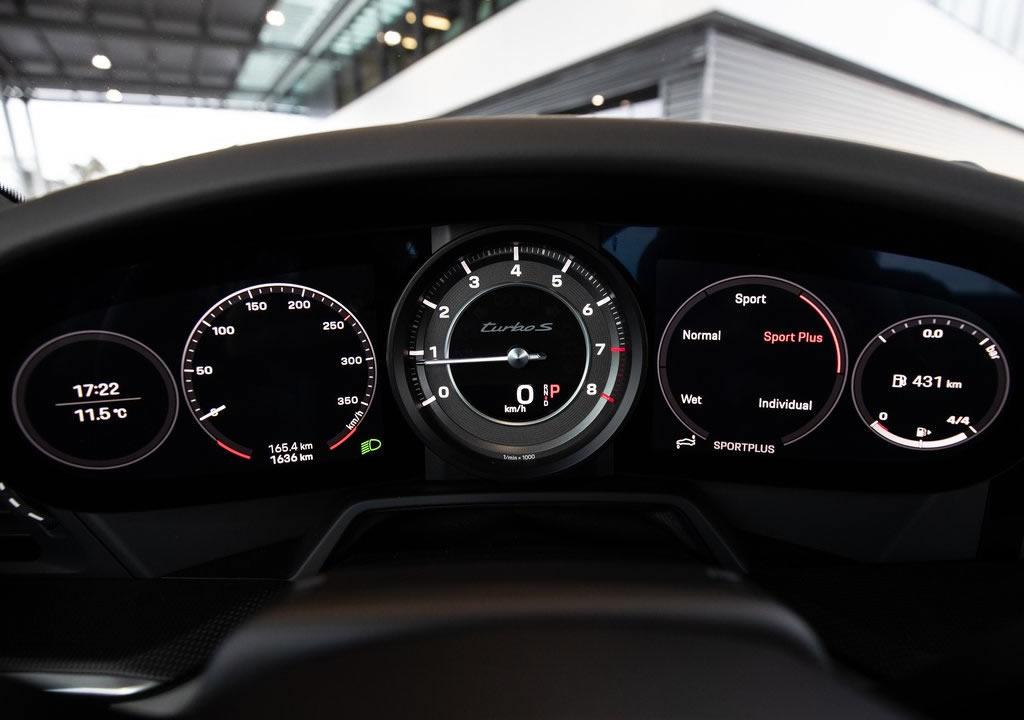 2021 Porsche 911 Turbo S Interior