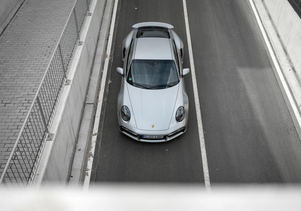 2021 Yeni Porsche 911 Turbo S Türkiye
