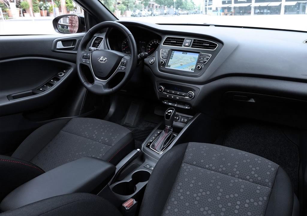 2020 Model Hyundai i20 İçi