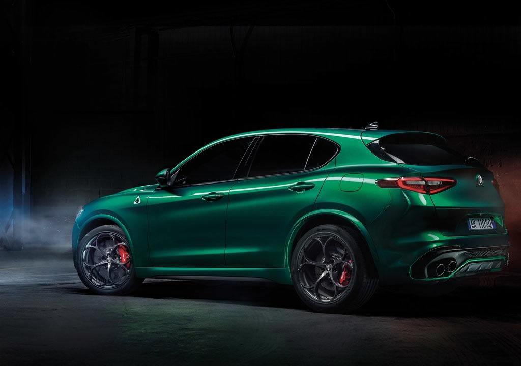 2020 Yeni Alfa Romeo Stelvio Quadrifoglio Donanımları