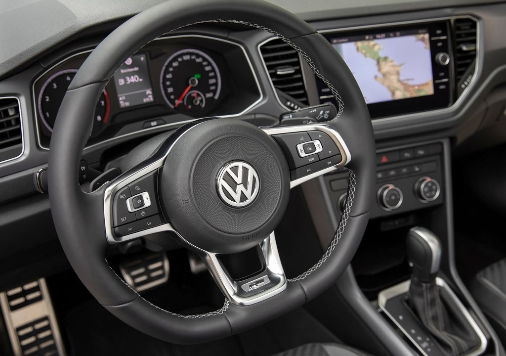 Yeni Volkswagen T-Roc Cabriolet İçi