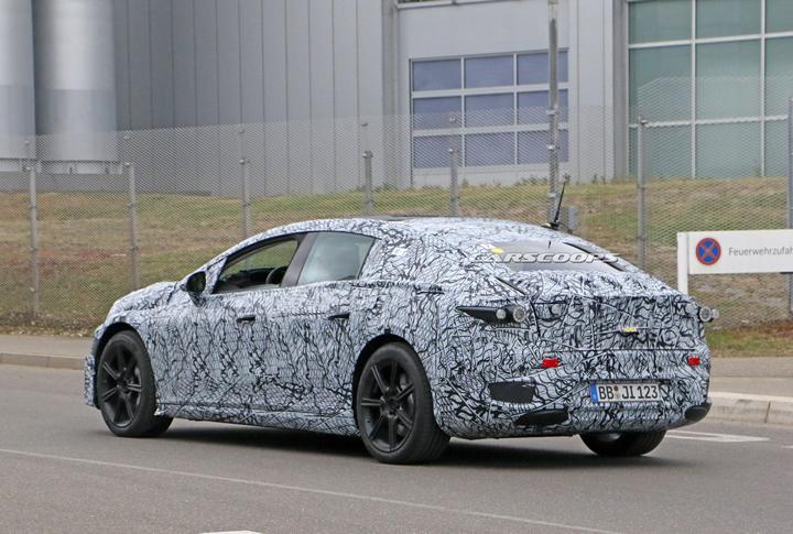 Elektrikli Lüks Sedan Mercedes EQS