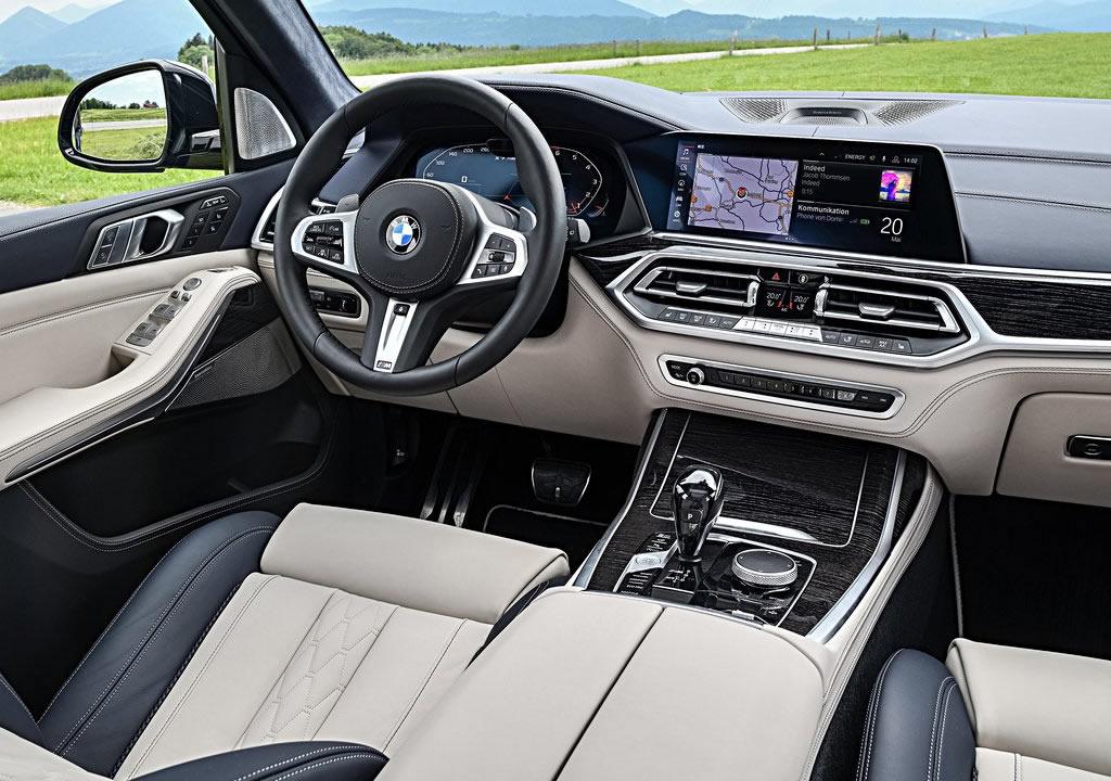 2020 BMW X7 M50i Kokpiti