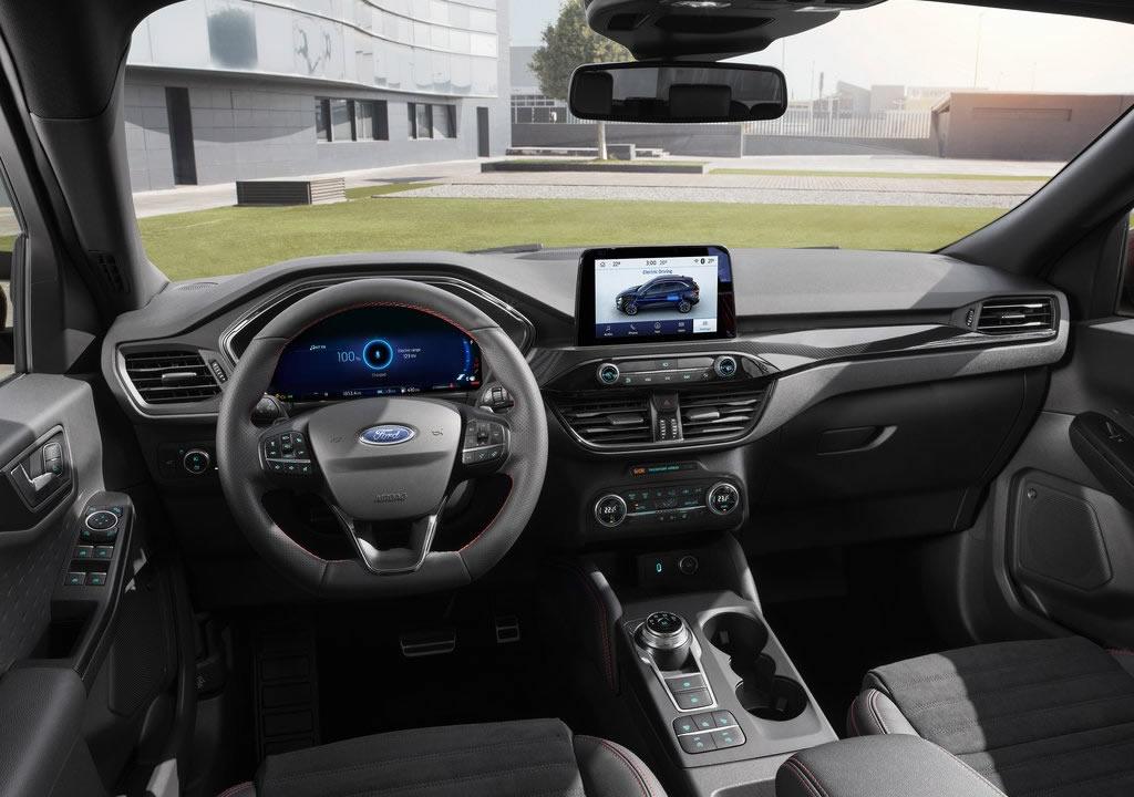 2020 Yeni Kasa Ford Kuga İç Fotoğrafları