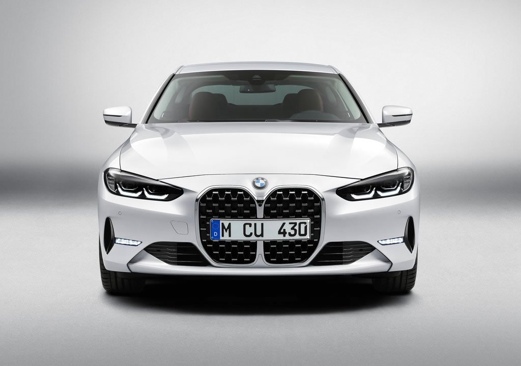2021 Yeni Kasa BMW 4 Serisi Coupe Fotoğrafları