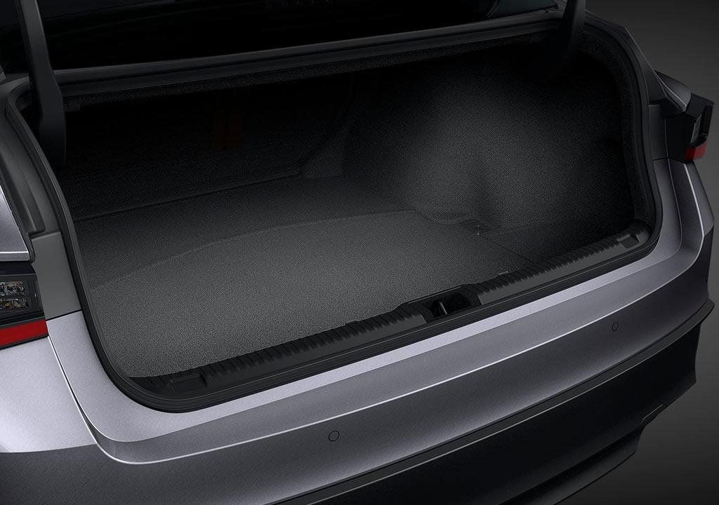 2021 Yeni Lexus IS Bagajı