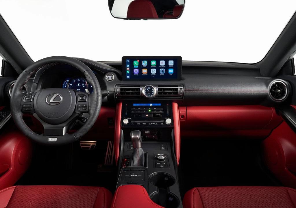 2021 Yeni Lexus IS İçi