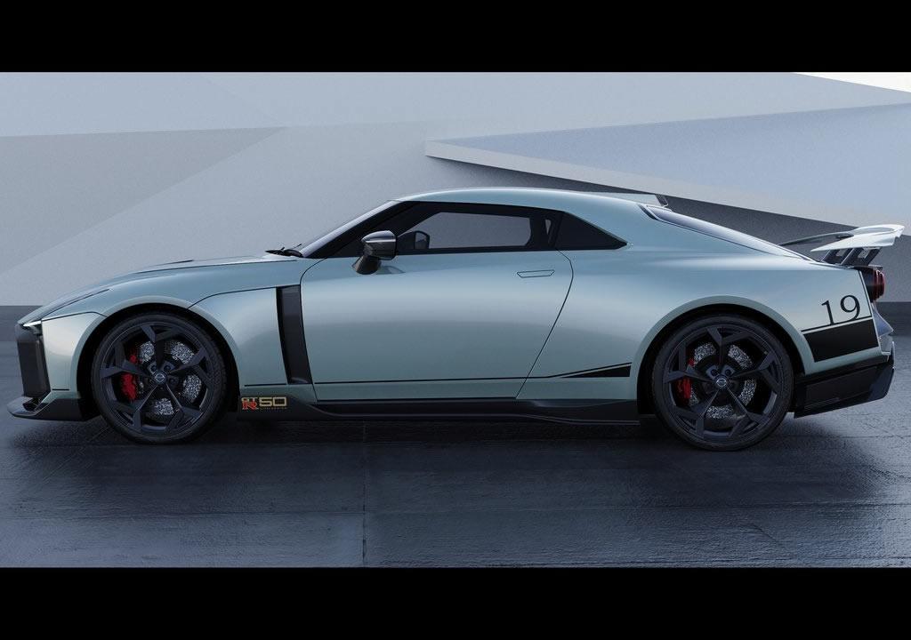 2021 Nissan GT-R50
