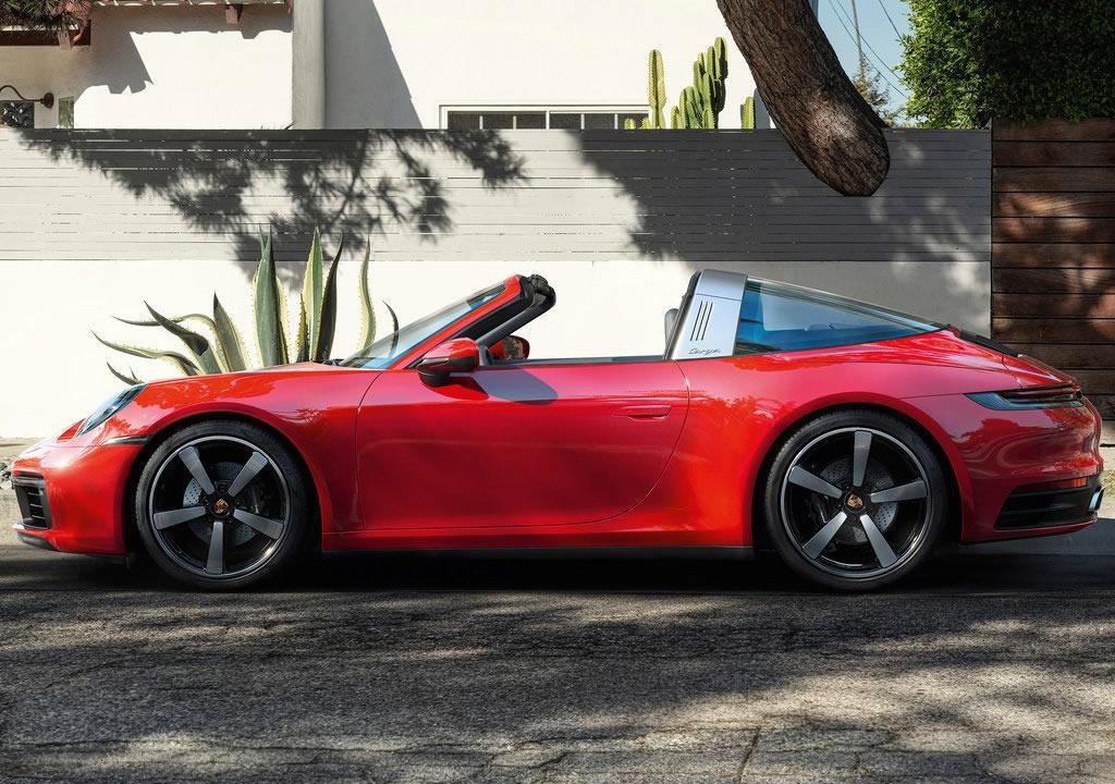 2021 Yeni Porsche 911 Targa 4 Tente Açılma Süresi